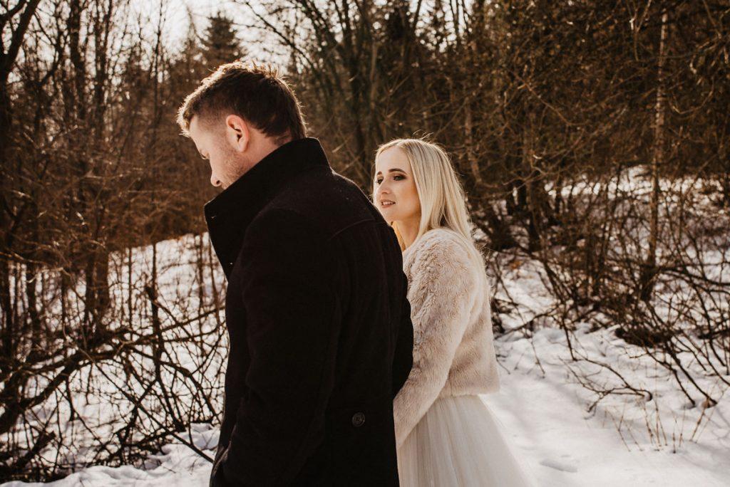 Plener ślubny w górach w Beskidzie Wyspowym