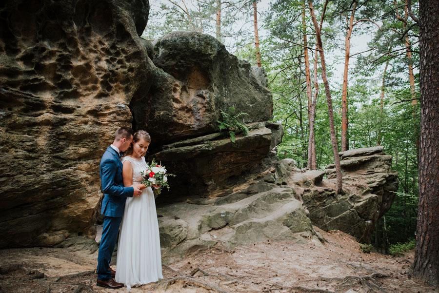 Sesja ślubna skały