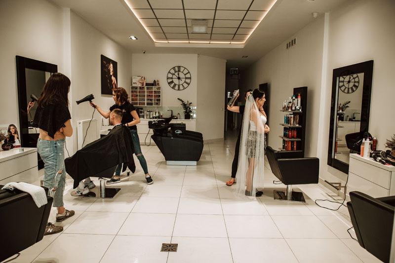 Wizyty Panny Młodej w salonie fryzjerskim - przygotowania ślubne