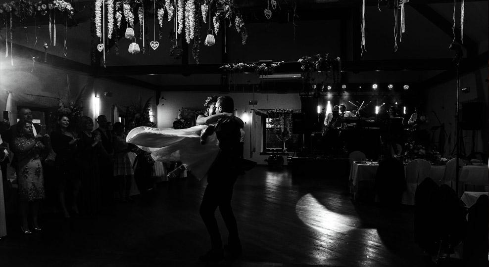 Pierwszy taniec zdjęcie ślubne