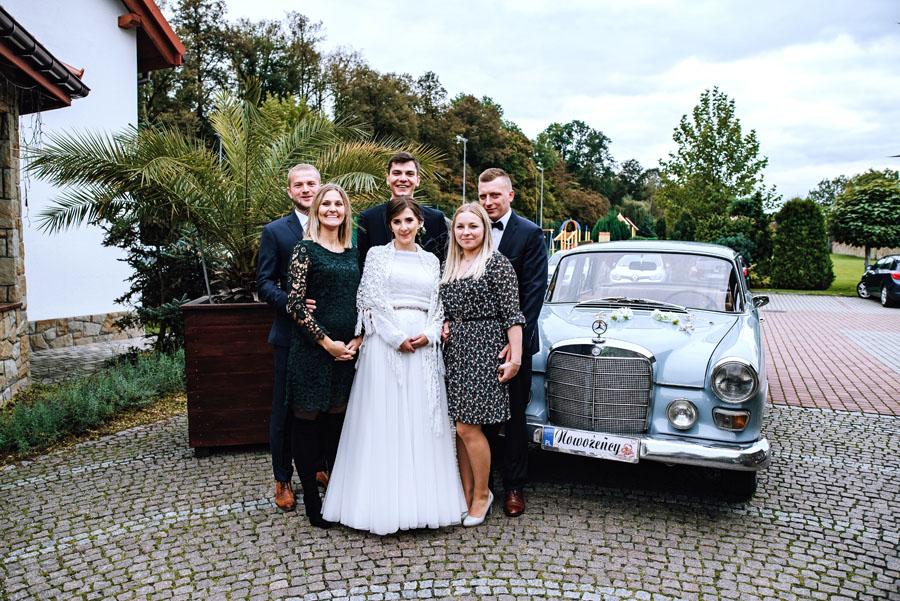 Zdjęcia z goścmi na weselu