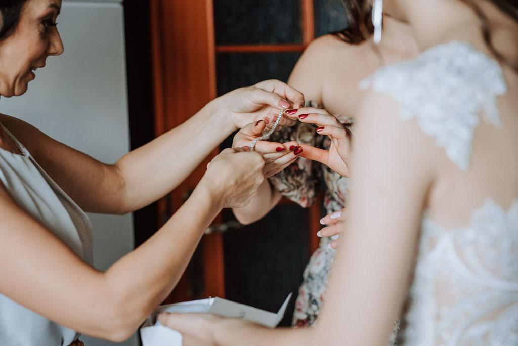 przygotowania do ślubu panny młodej bransoletka